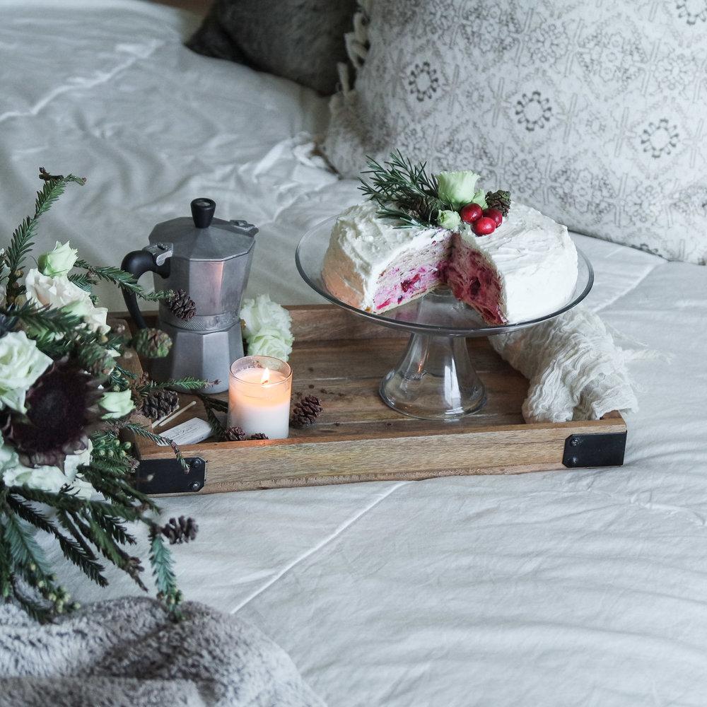 cozy-winter-bedroom-with-airweave11.jpg