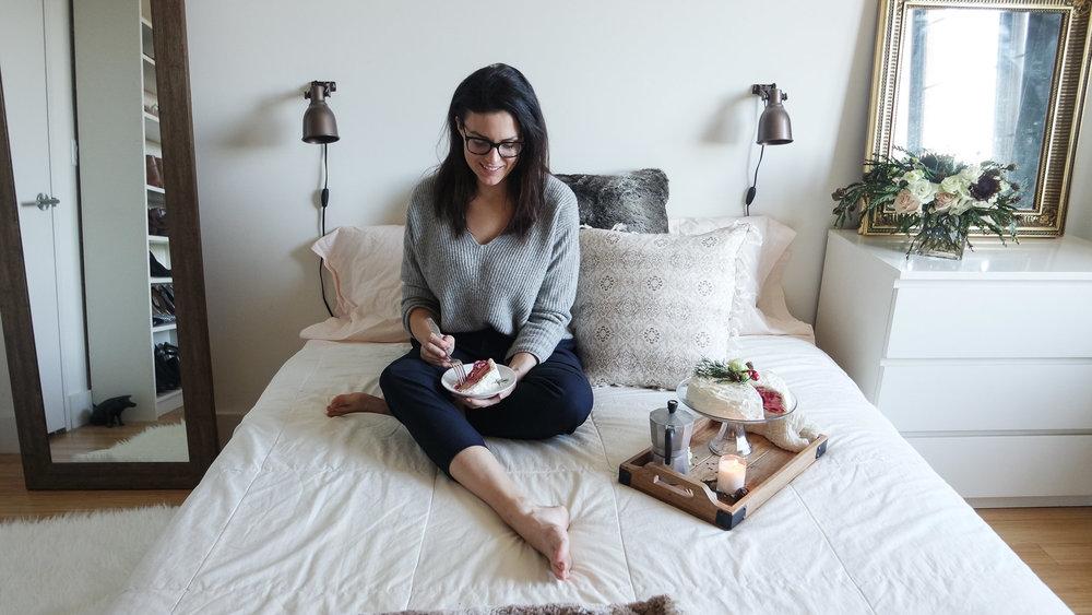 cozy-winter-bedroom-with-airweave5.jpg