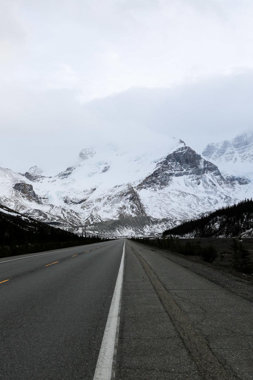 icefield-parkway-drive-alberta-26.jpg
