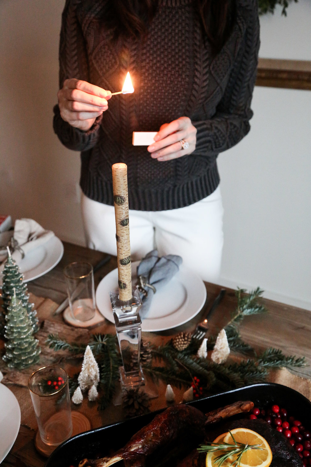 How-to-create-a-rustic-cozy-winter-woods-tablescape-for-the-holidays12.jpg