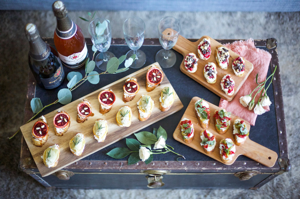 girls-get-together-idea-bubbles-bruschetta-and-bouquets2.jpg