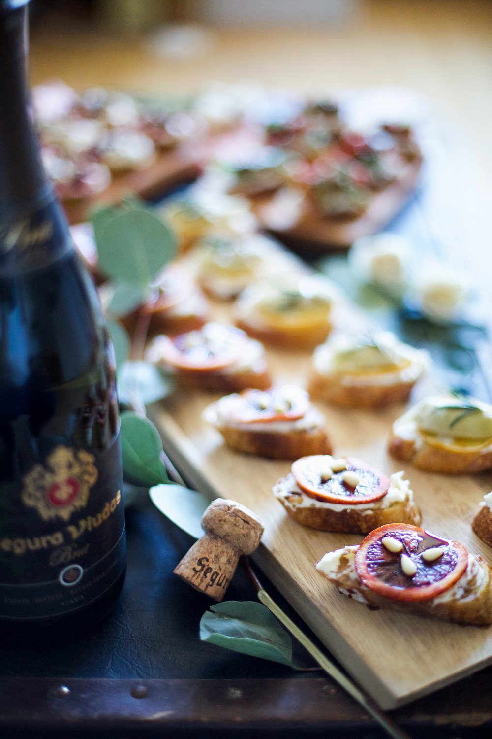 girls-get-together-idea-bubbles-bruschetta-and-bouquets6.jpg