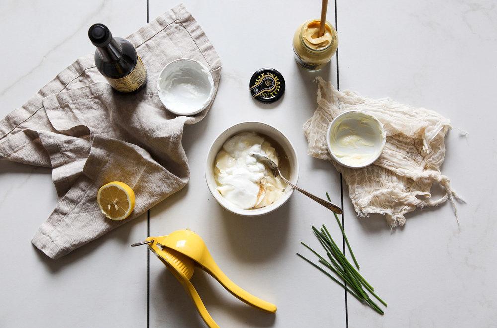 easy-faux-hollandaise-sauce-recipe1.jpg