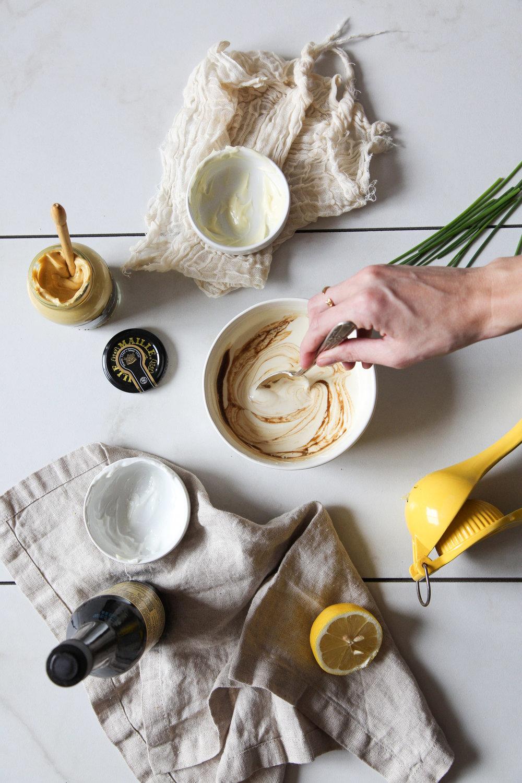 easy-faux-hollandaise-sauce-recipe3.jpg