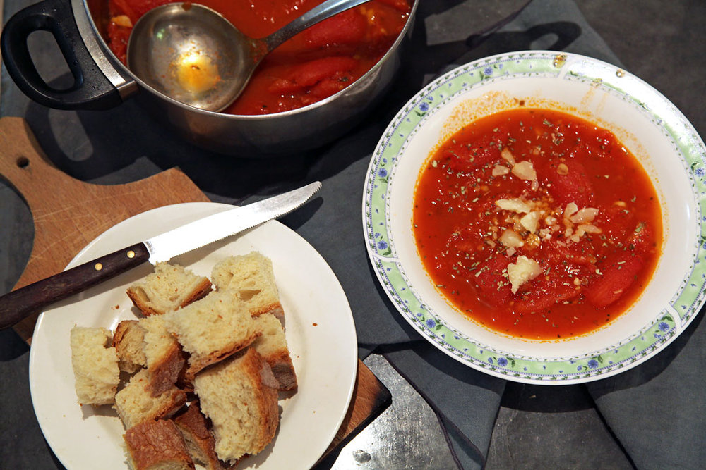 TUSCAN BREAD AND TOMATO SOUP -