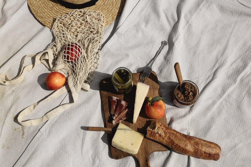 frecnh-picnic.jpg