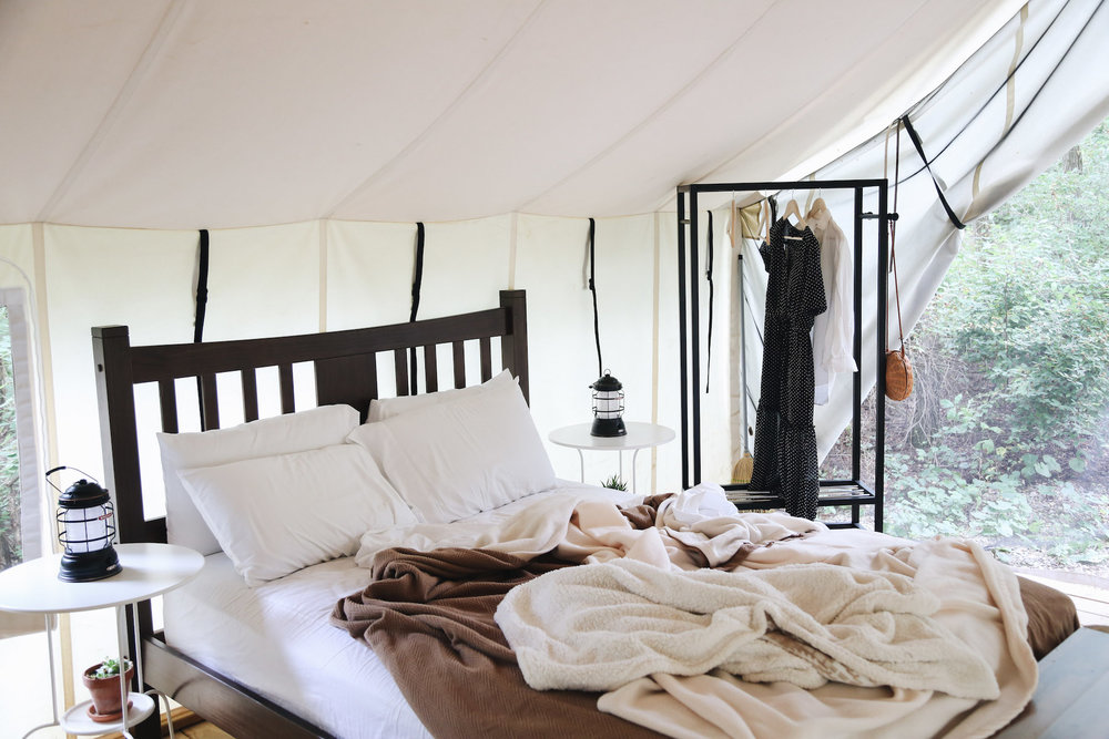 what to expect when glamping.jpg