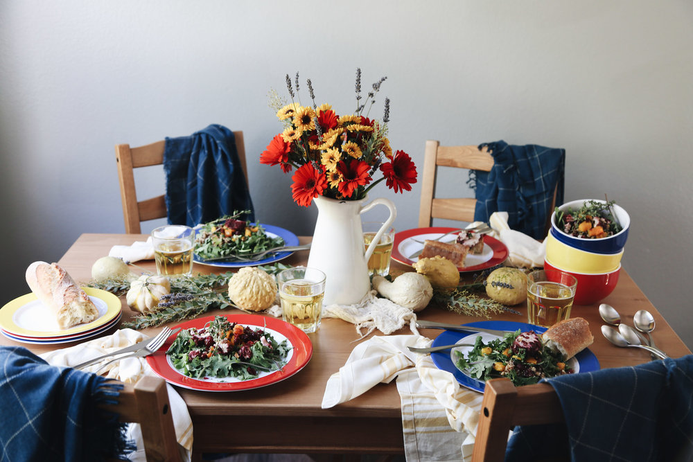 bright farm-style table setting for fall8.jpg