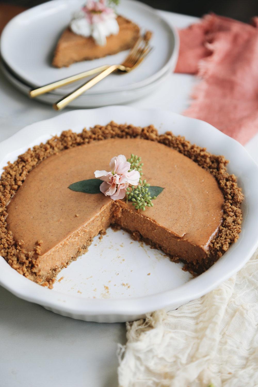 no-bake pumpkin pie with gingersnap crust (3 of 8).jpg