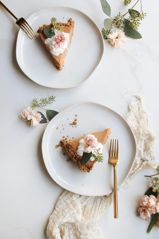 no-bake pumpkin pie with gingersnap crust (8 of 8).jpg