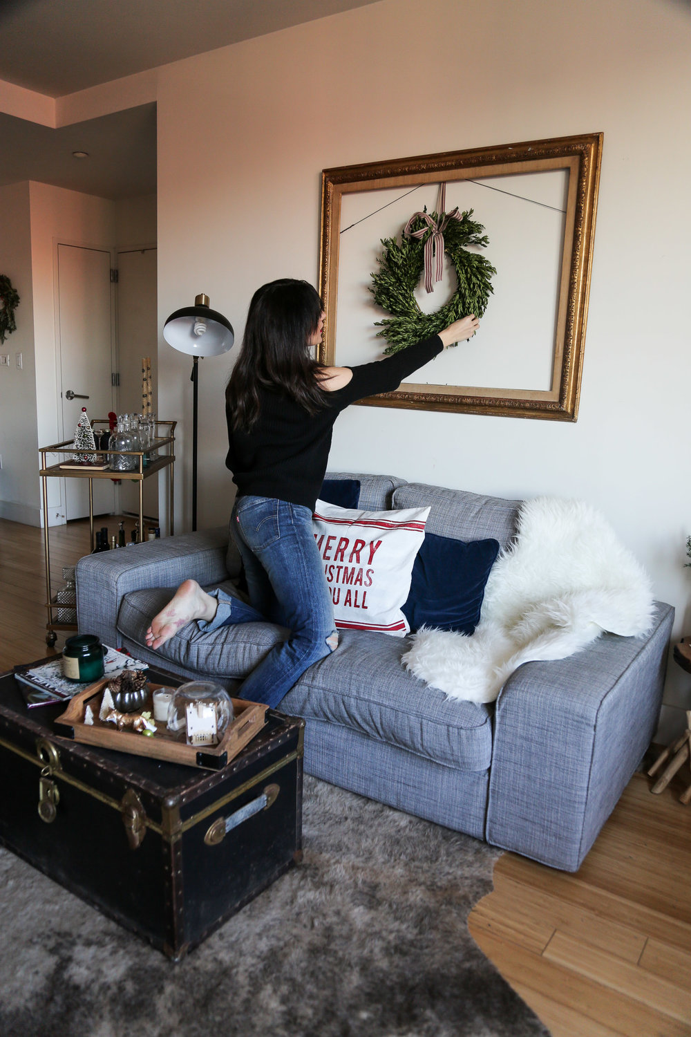 HOME FOR THE HOLIDAYS     - simple decorating ideas