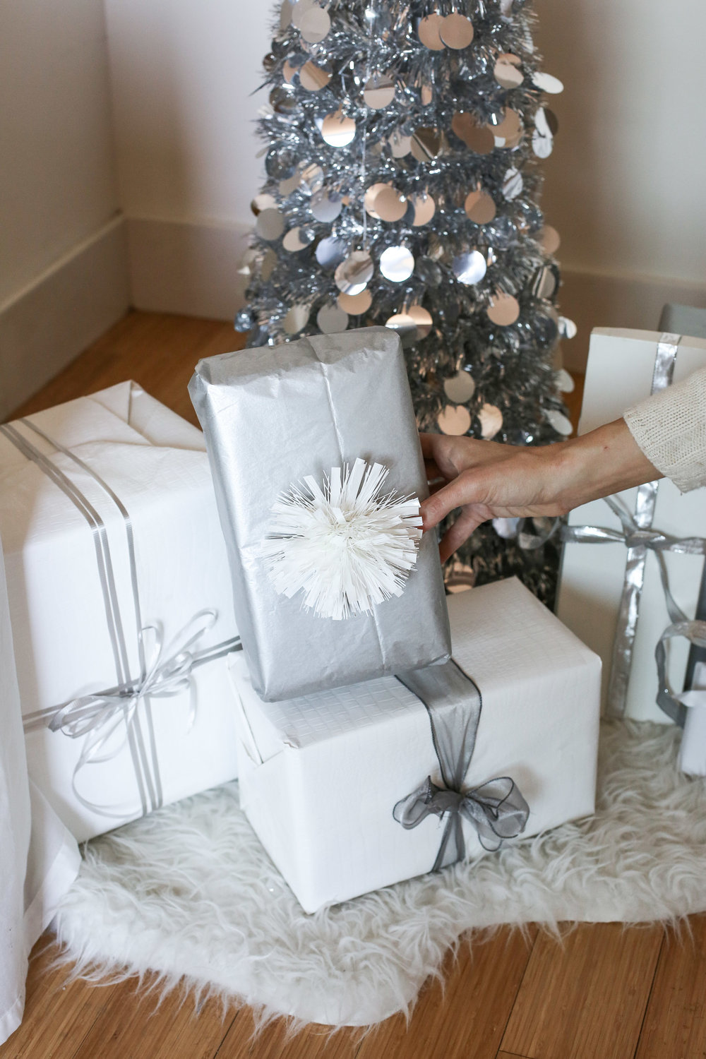 gIFTS THAT MEAN MORE -