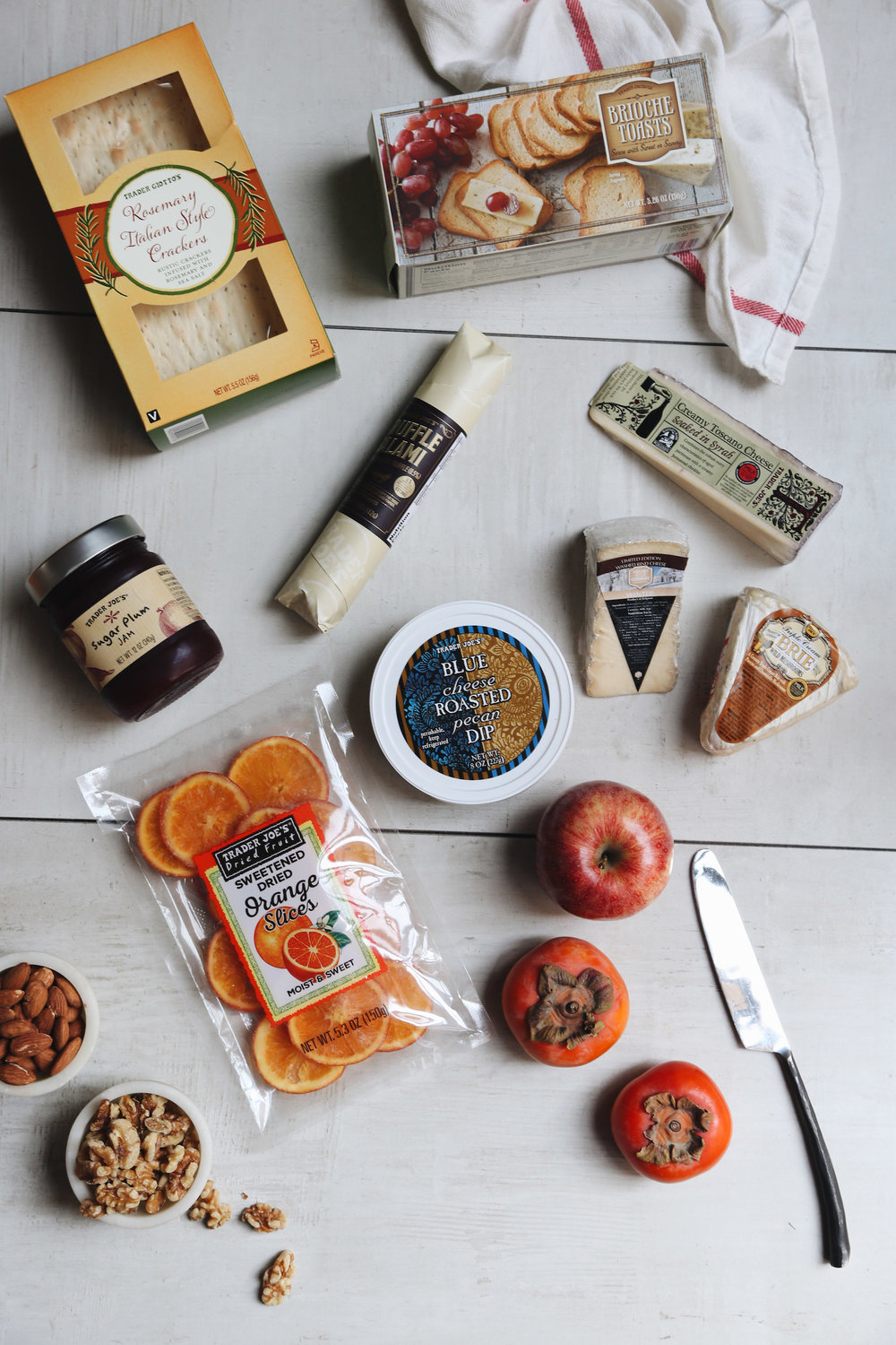 how to create a holiday cheeseboard for under $3518.jpg