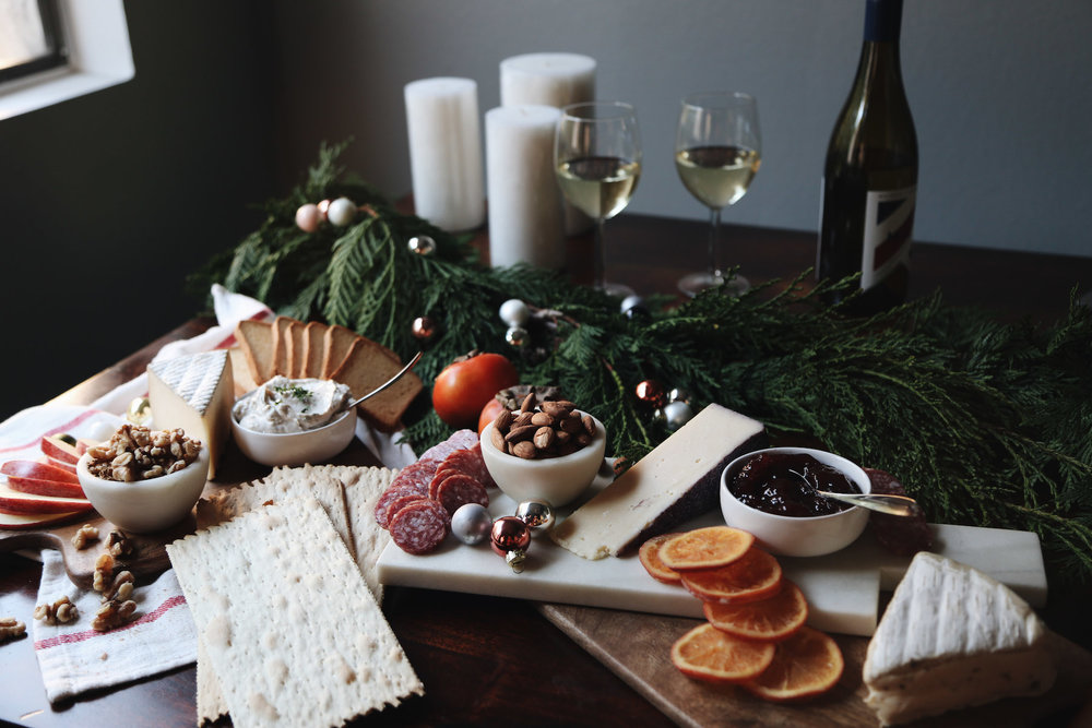how to create a holiday cheeseboard for under 35 dollars3.jpg