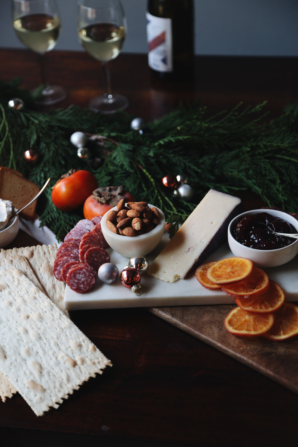 how to create a holiday cheeseboard for under 35 dollars7.jpg