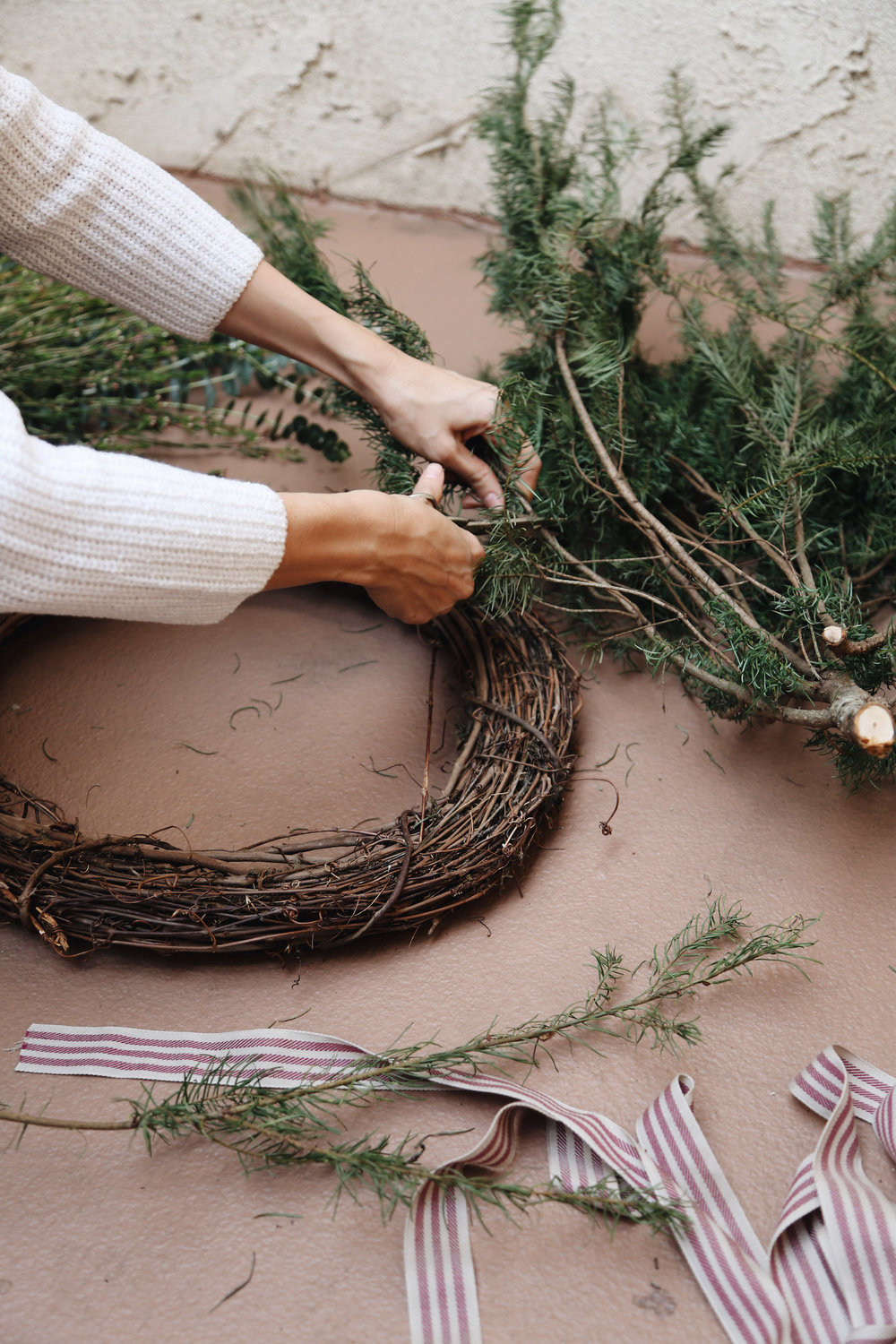 diy natural christmas wreath4.jpg