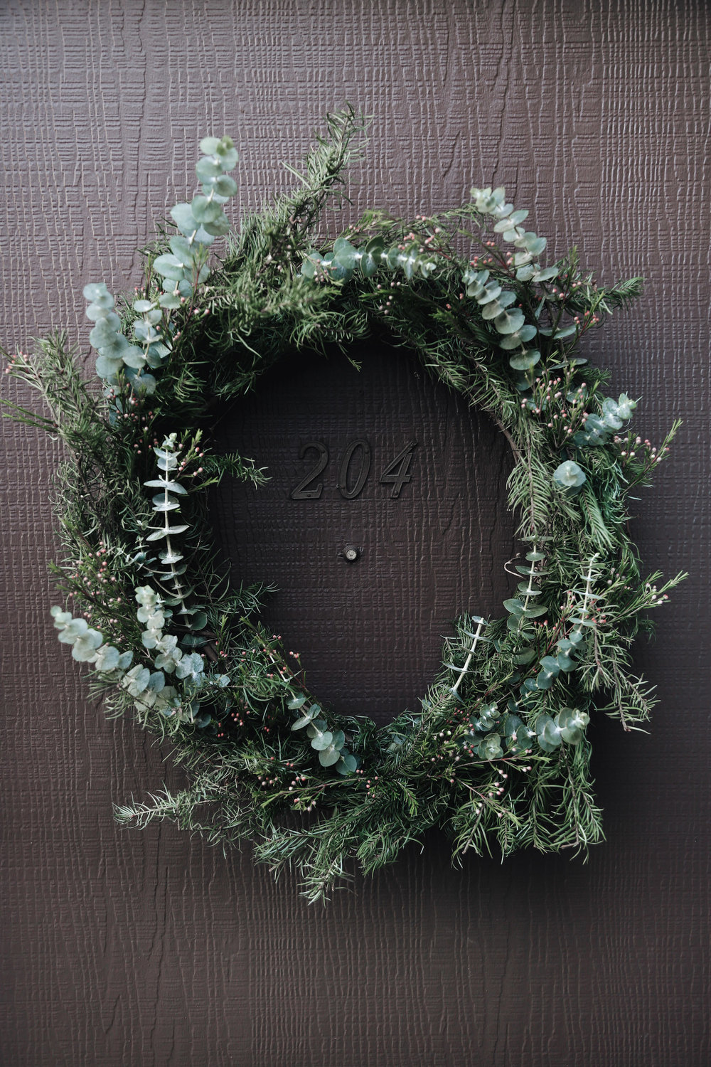 easy diy natural christmas wreath.jpg