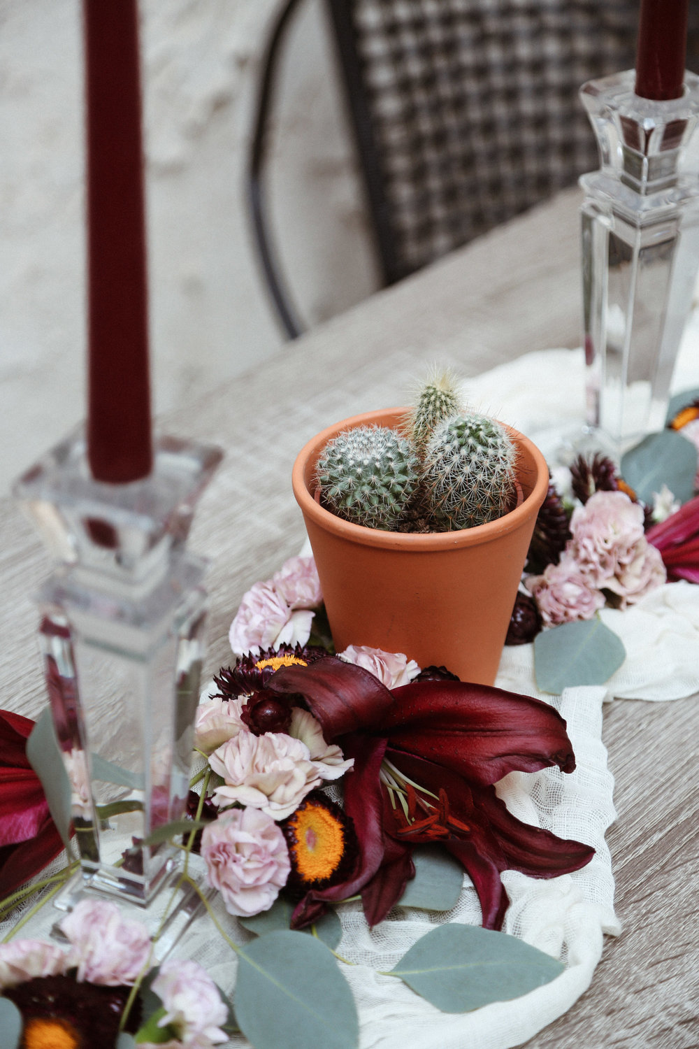 valentine's day tablescape ideas3.jpg