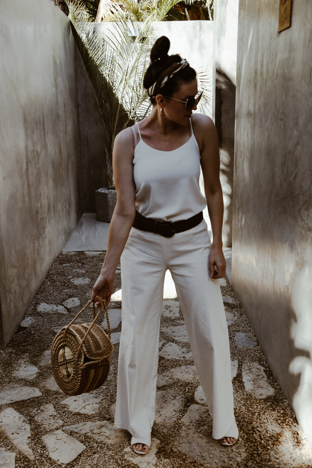 resort-wear-outfit-ideas-for-summer-vacation1.jpg