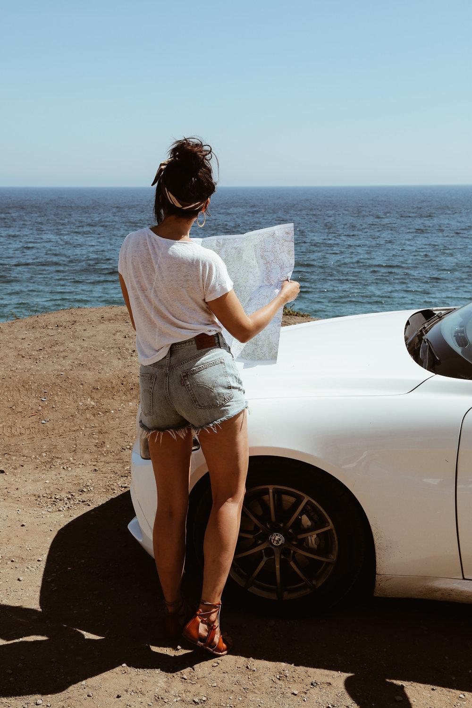 10 things to always bring on a road trip-1.jpg