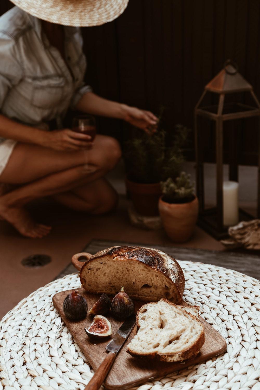 fresh figs and bread.jpg
