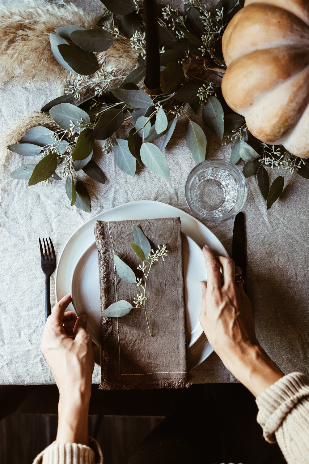 easy thanksgiving tablescape-8.jpg