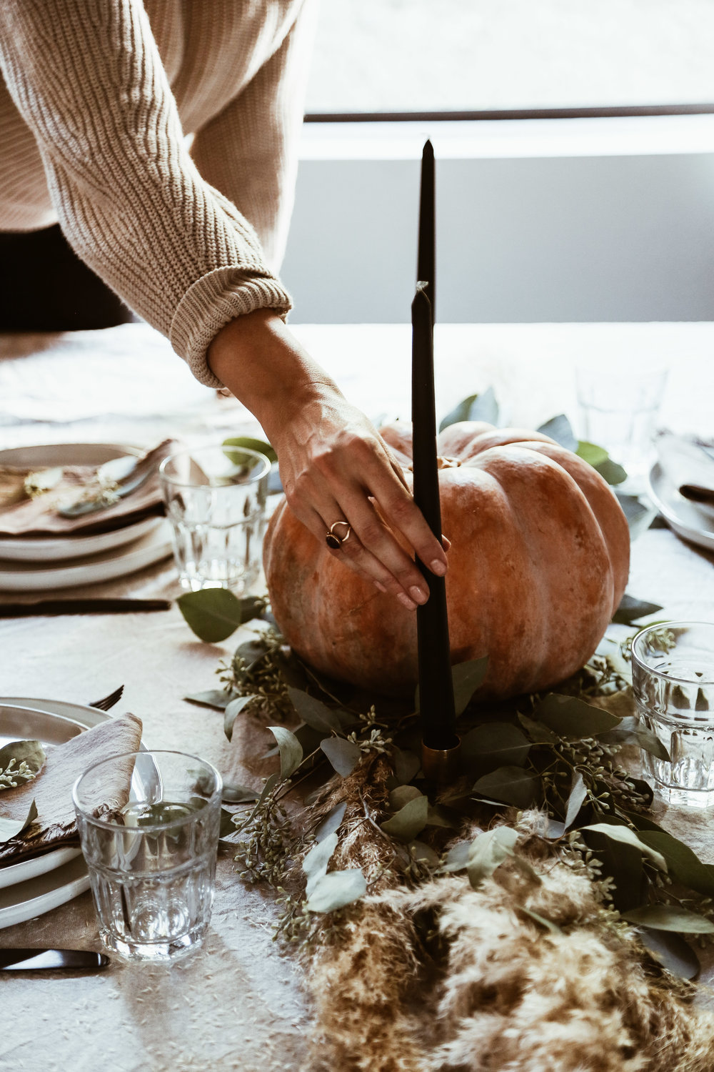 easy thanksgiving tablescape-7.jpg
