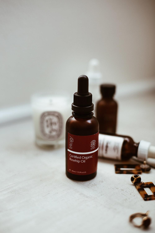 rosehip oil -4.jpg