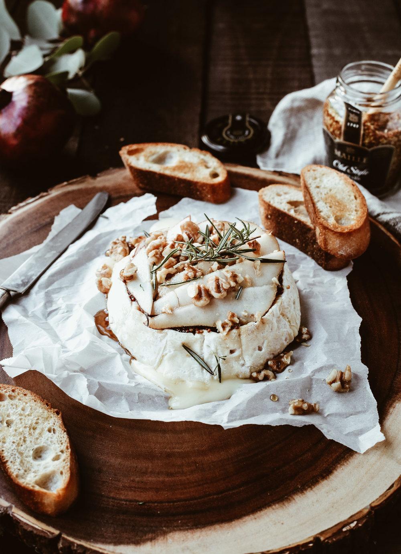 pear and dijon baked brie-6.jpg