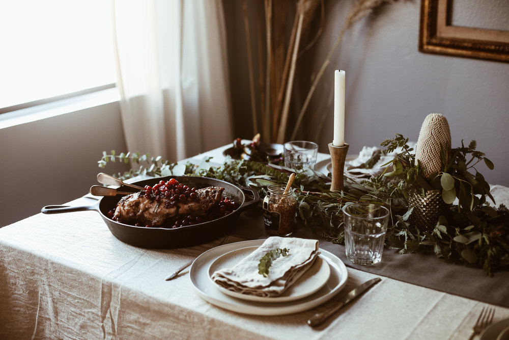 easy holiday tablescape-14.jpg