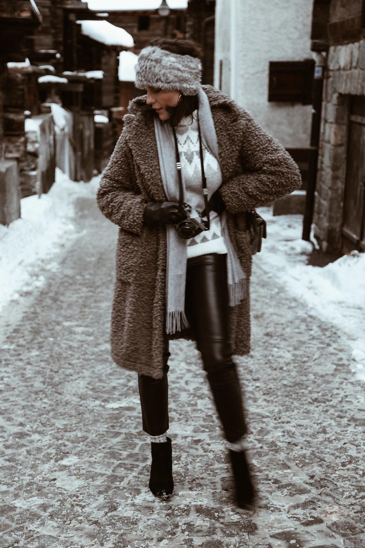 zermatt+outfit+alpine+sweater-11.jpg