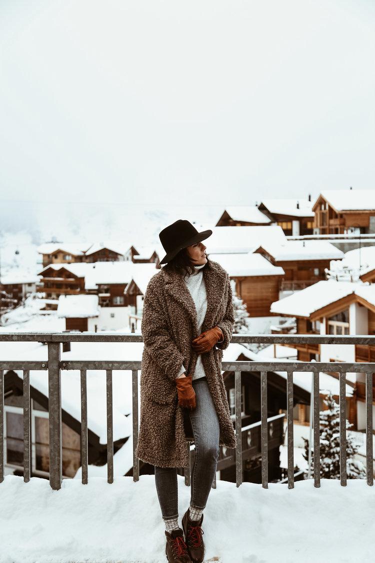 what+to+wear+in+Zermatt+switzerland-3.jpg