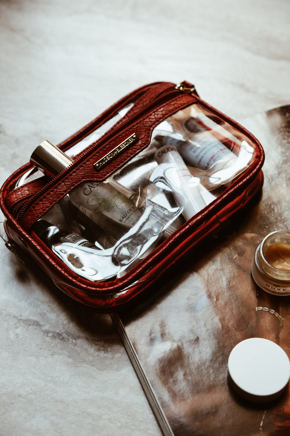 what's in my carry-on beauty edition-3.jpg