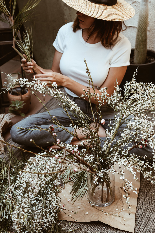 diy spring wildflower arrangment -8.jpg