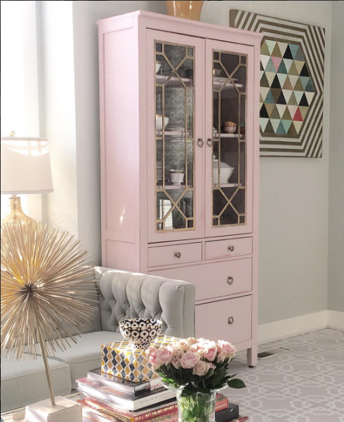 Clay Pink Cabinet with Macau.png
