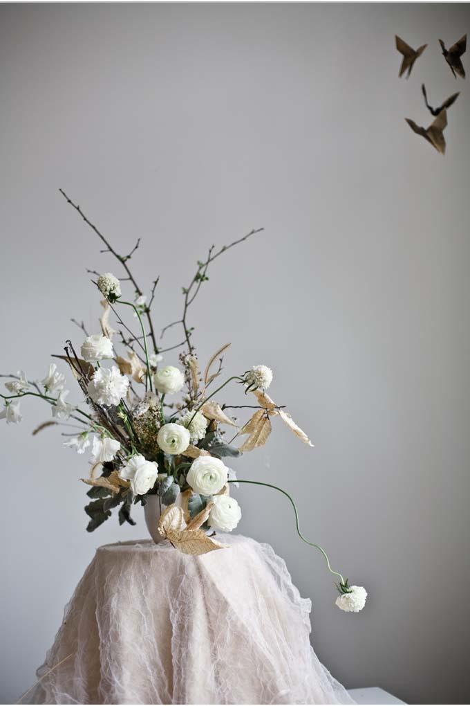 Katie-Wachowiak-wedding-flowers-white-winter-quince
