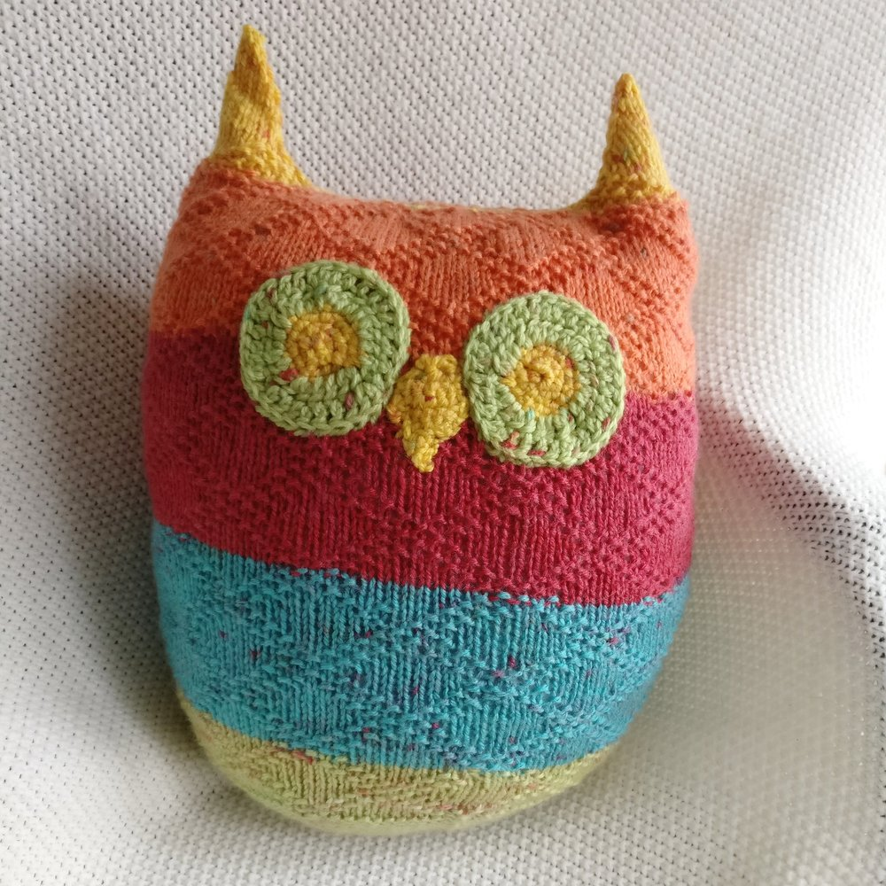 Owl Pillow Knit