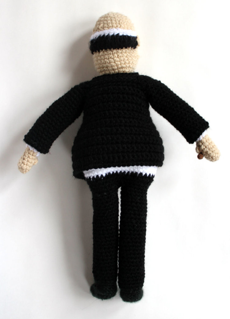 Alfred Hitchcock Crochet Back view