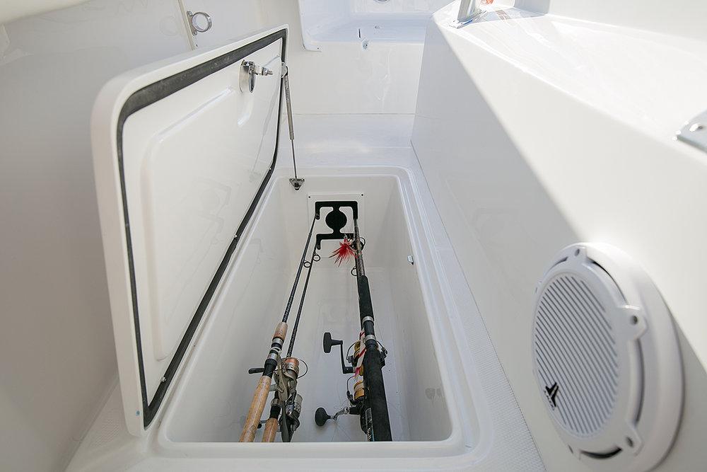 198 qt. insulated, illuminated fish locker with lockable rod storage