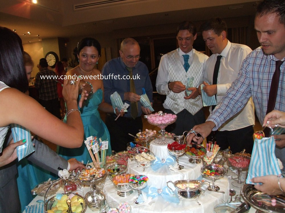 sweet cart, candy bar, pick and mix sweets table hire
