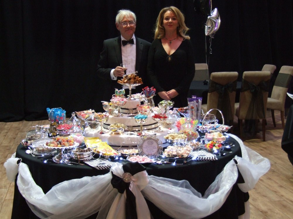 candy sweet buffet hosts 2.jpg