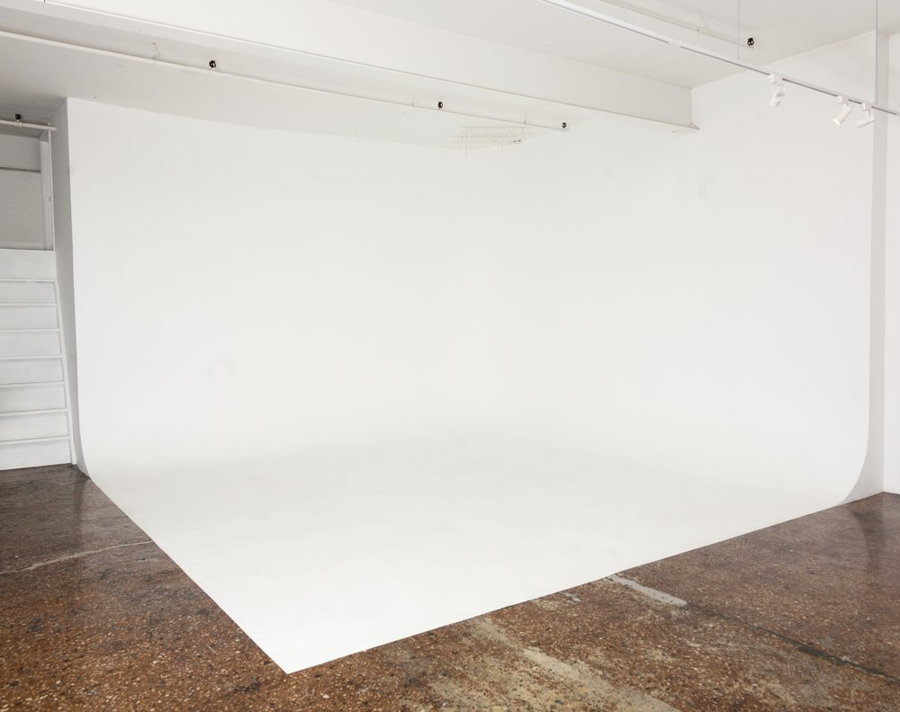 brooklyn-photo-video-studio-rental-cyclorama