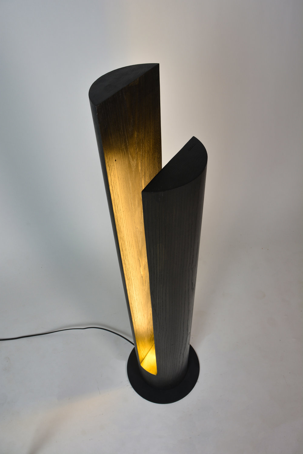 OVUUD - Slot Floor Lamp (DSC_2471 edited).jpg
