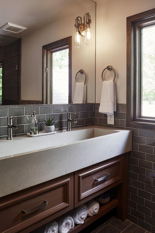 custom_concrete_trough_sink.jpg