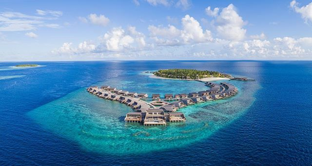 We're delighted to be working with The St. Regis Maldives Vommuli Resort, located just 45 minutes from Male. Luxuriate in one of the 33 on-land or 44 overwater villas with private pools, spacious living and terrace areas and the infamous St. Regis Butler service. The Iridium Spa takes a holistic approach to relaxation and rejuvenation, and The Blue Hole is the most expansive hydrotherapy pool in the Indian Ocean.