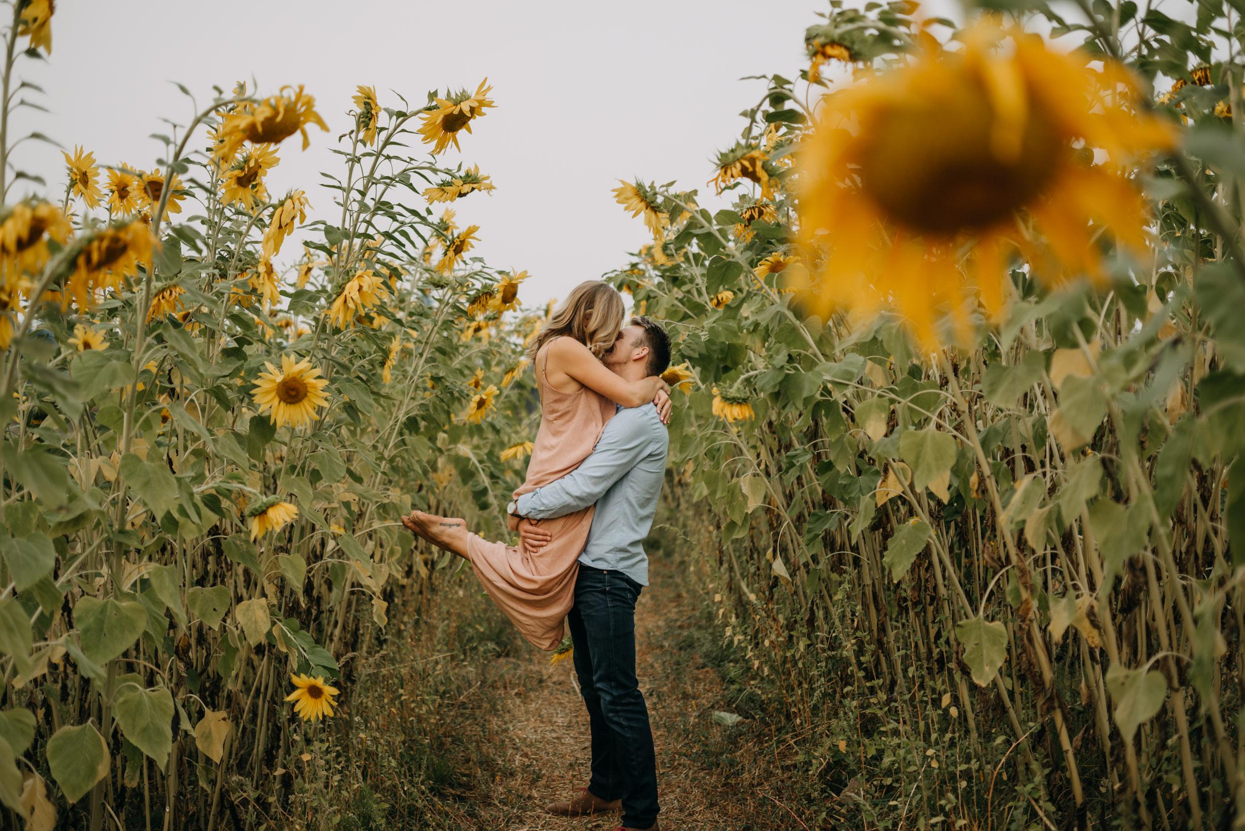 Sauvie-Island-Oregon-Sunflower-Portland-Engagement-3909.jpg