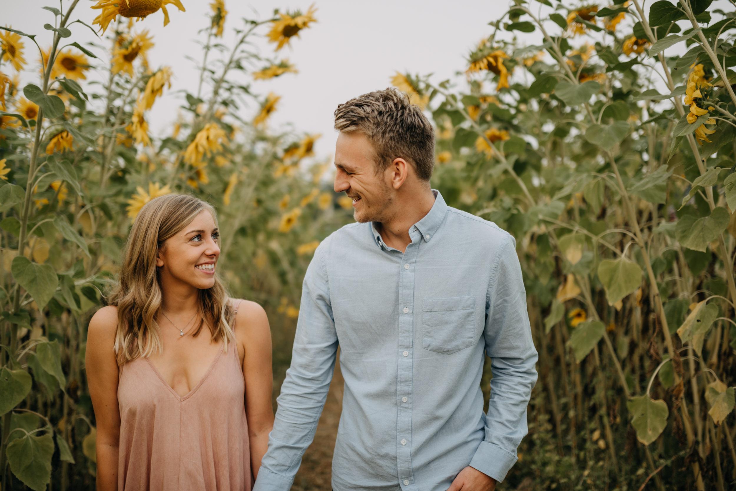 Sauvie-Island-Oregon-Sunflower-Portland-Engagement-3947.jpg