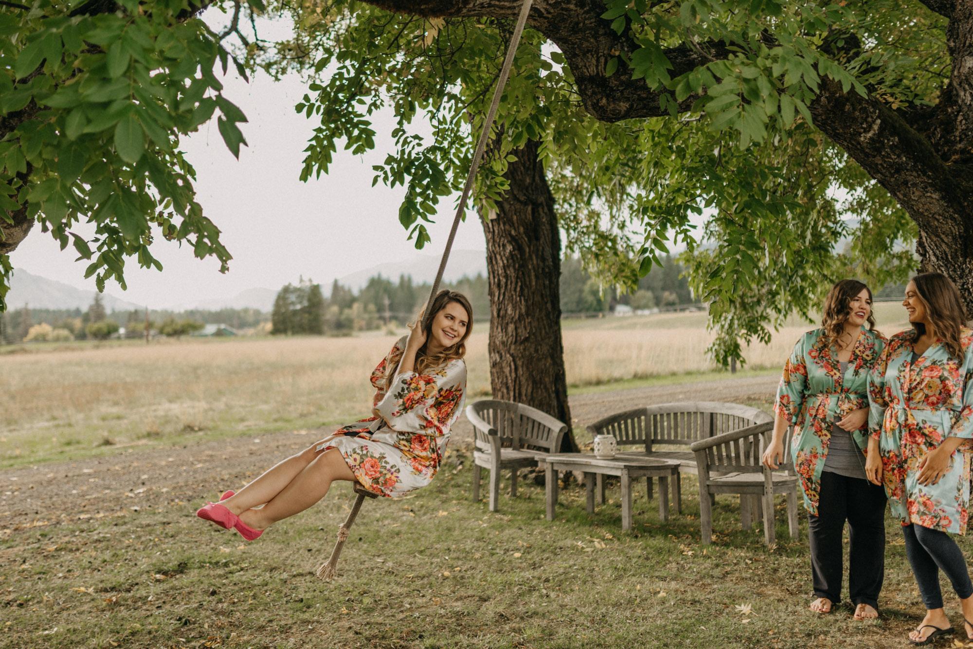Getting-Ready-Swingset-Washington-Wedding-ringshot-7897.jpg