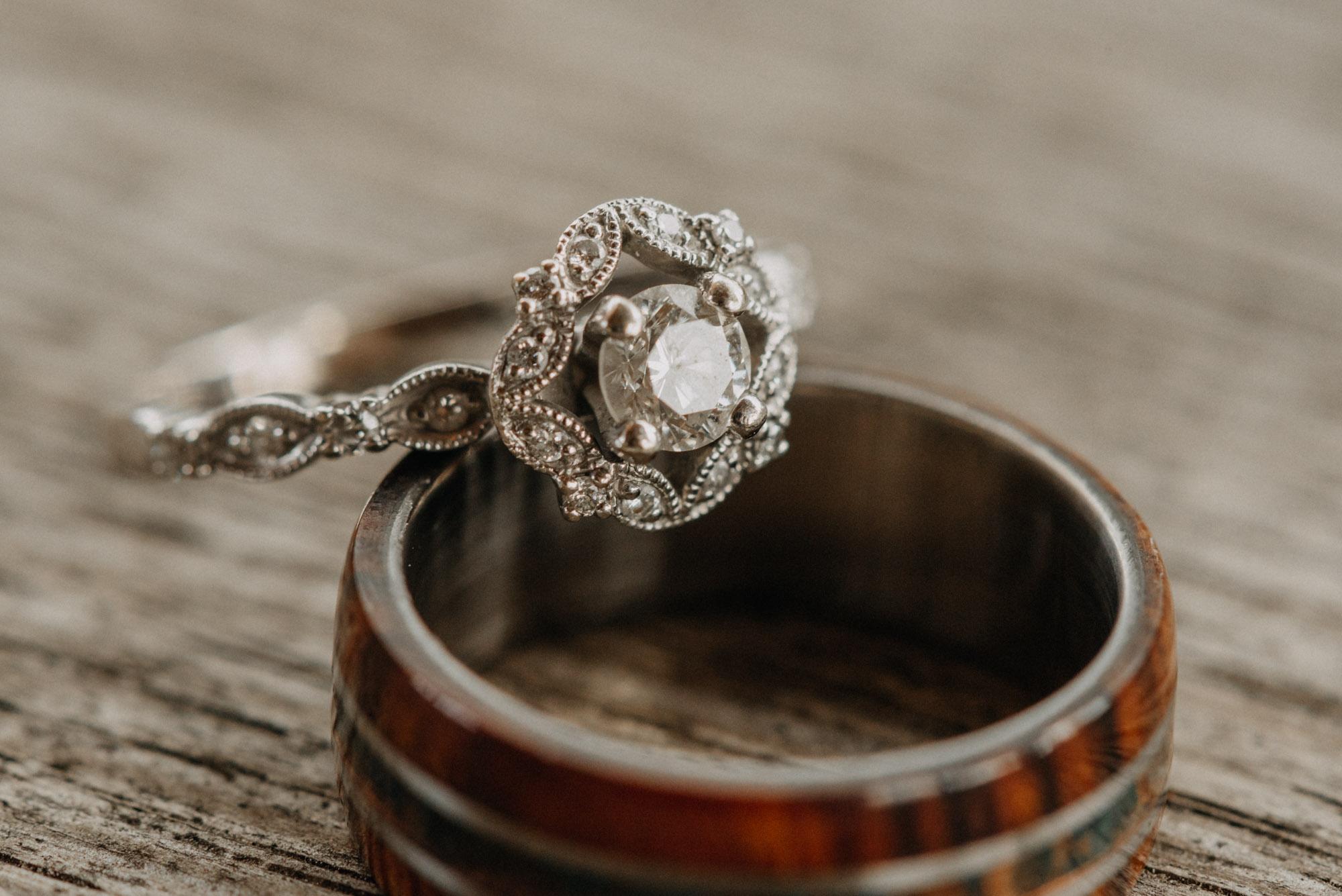 Getting-Ready-Swingset-Washington-Wedding-ringshot-7917.jpg
