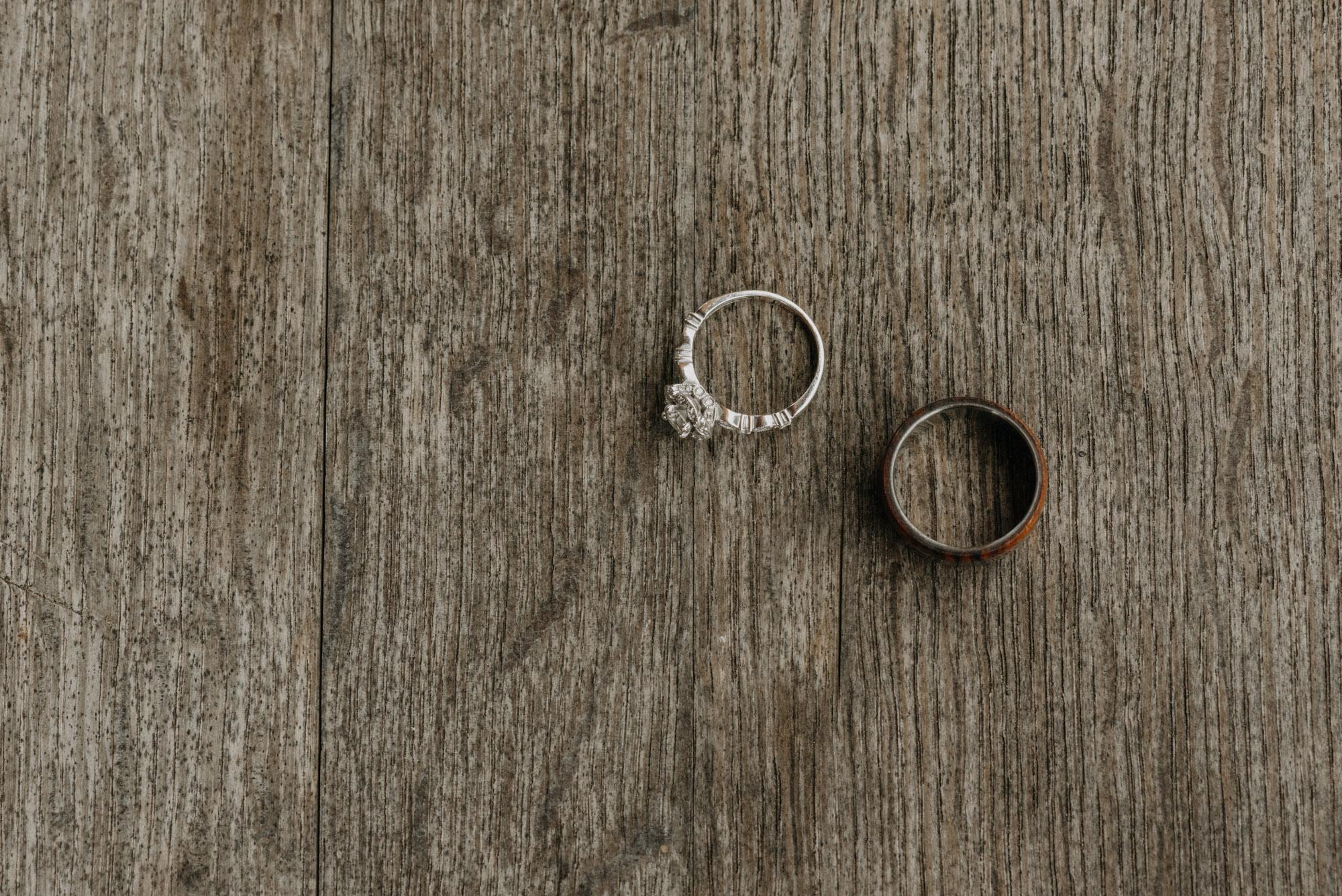 Getting-Ready-Swingset-Washington-Wedding-ringshot-7919.jpg